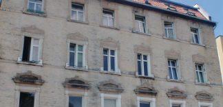 Jak zabezpieczyć budynek przed wilgocią?