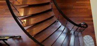 Schody drewniane - renowacja