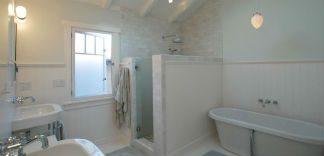 Prysznic we wnęce - praktyczny i oryginalny