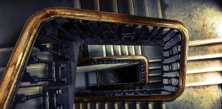 Odnowienie schodów drewnianych
